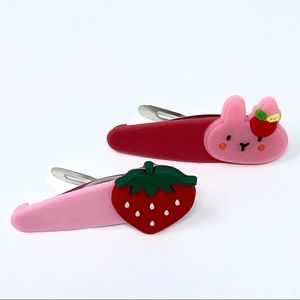 Handmade 2 pc Cute Cat and Strawberry Snap Clips